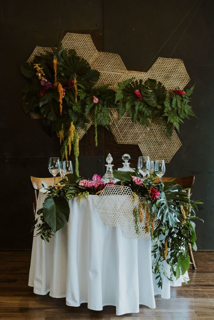 Tropical Wedding Inspiration by Frieda Brides - 002
