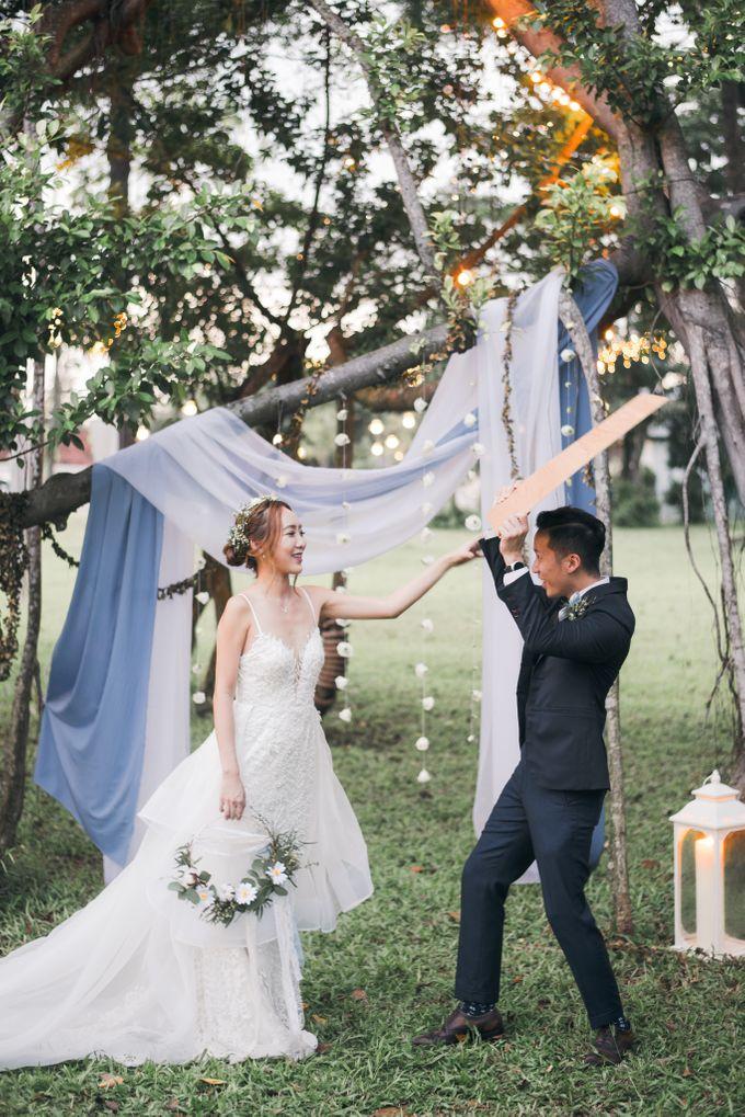 Dusty Blue Winter Theme Wedding by Le Conte Decor - 038