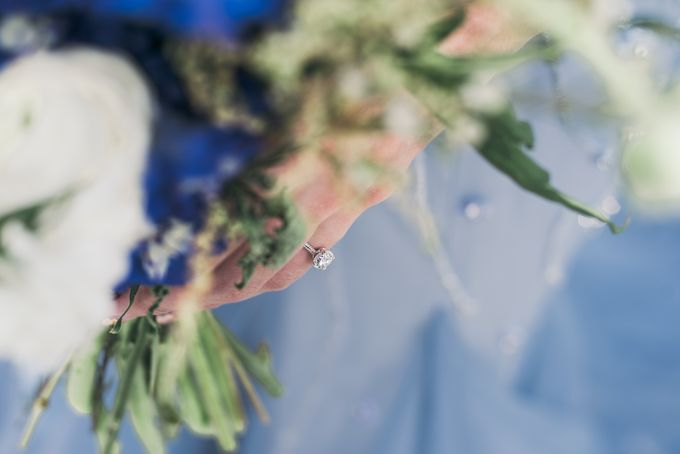A Dusty Blue Greenhouse Wedding Inspiration by Lovemark Diamond - 010