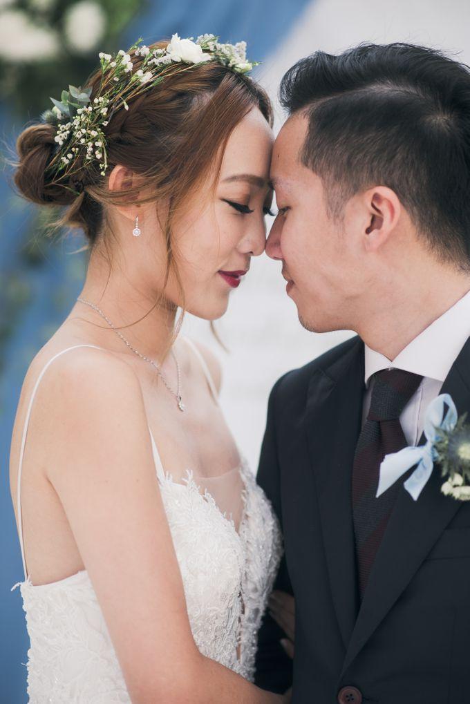 A Dusty Blue Greenhouse Wedding Inspiration by Lovemark Diamond - 001