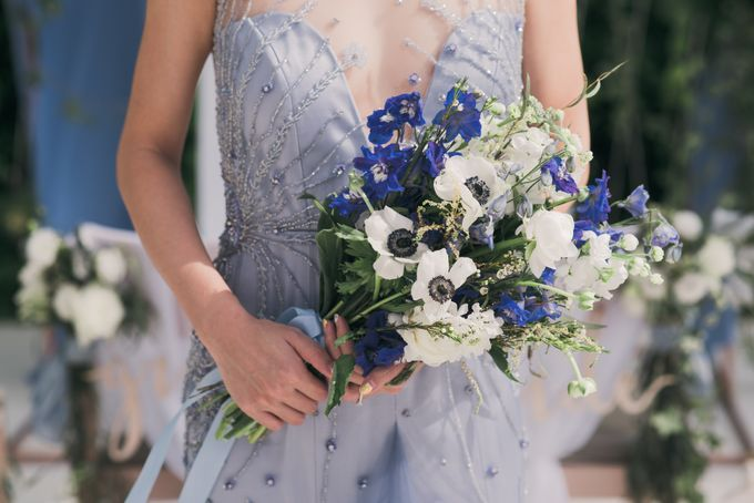 Dusty Blue Wintry Theme Styled Shoot with Bridestory by Ever & Blue Floral Design - 007