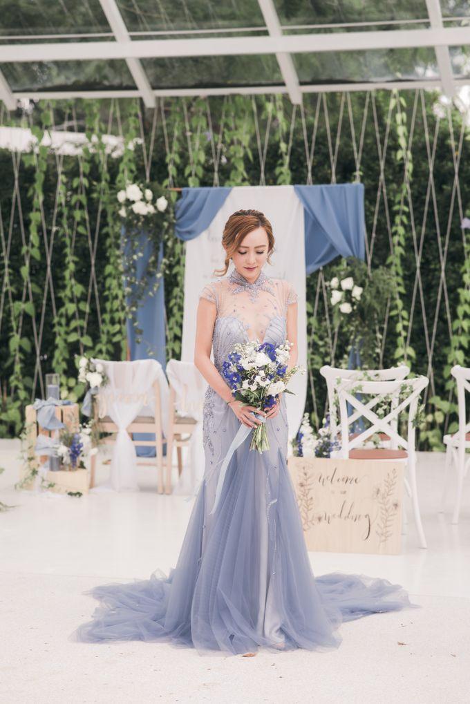 Dusty Blue Winter Theme Wedding by Le Conte Decor | Bridestory.com