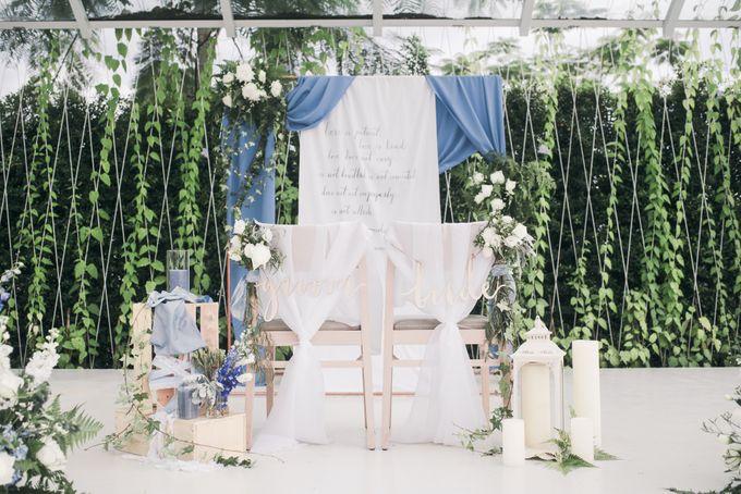Dusty Blue Winter Theme Wedding by Le Conte Decor - 016