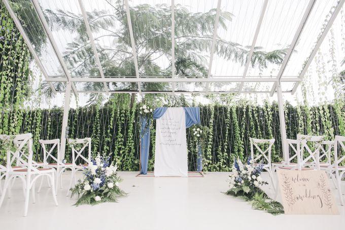 Dusty Blue Winter Theme Wedding by Le Conte Decor - 017