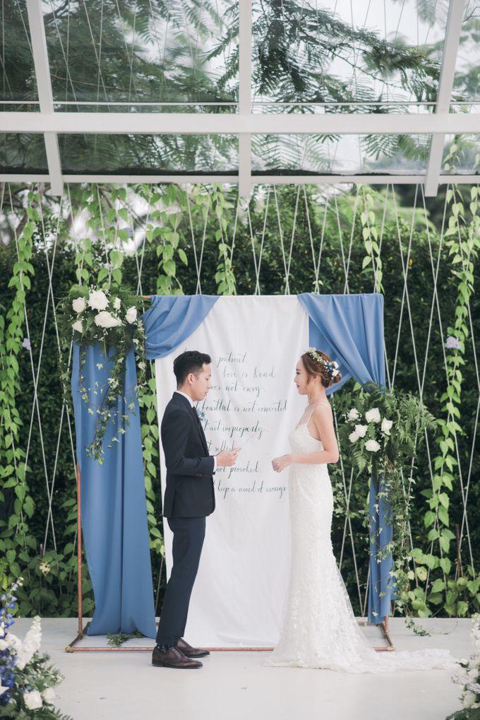 Dusty Blue Winter Theme Wedding by Le Conte Decor - 020