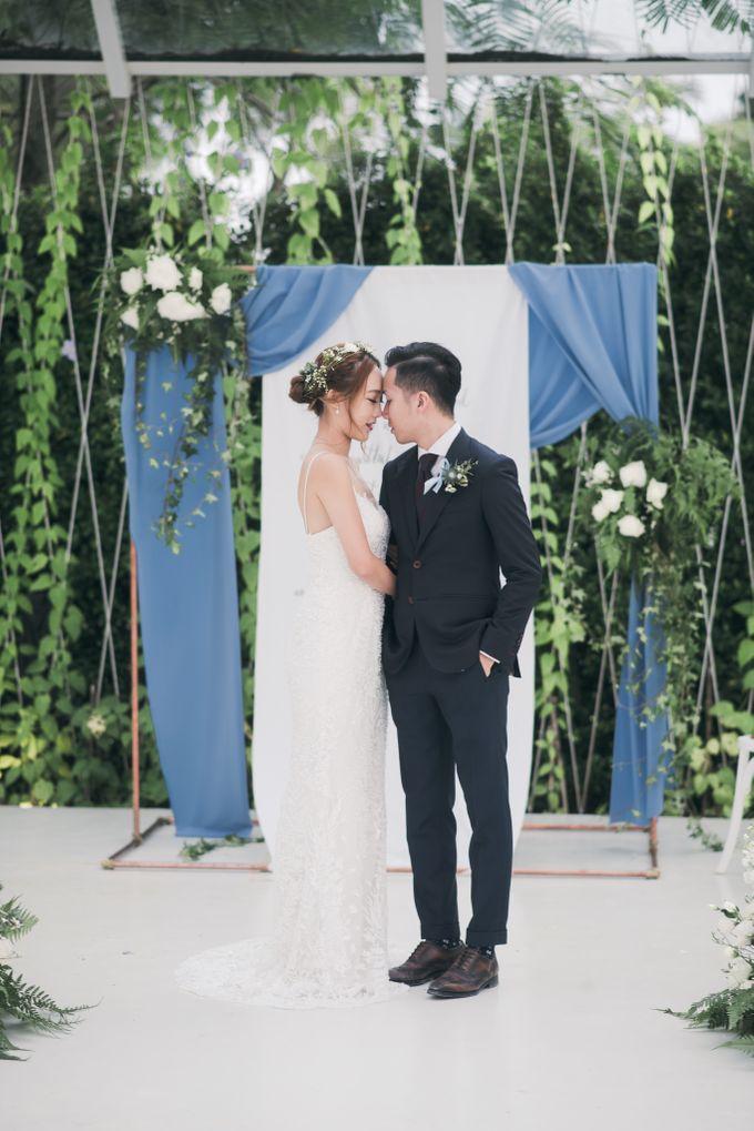 Dusty Blue Winter Theme Wedding by Le Conte Decor - 022