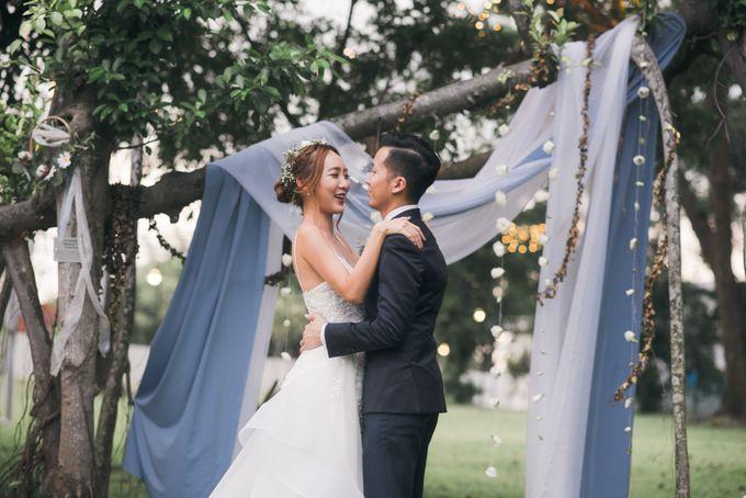 Dusty Blue Winter Theme Wedding by Le Conte Decor - 026