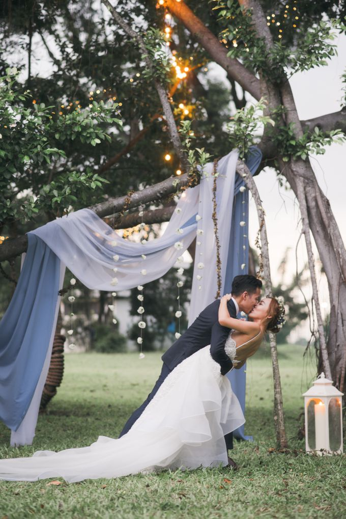 Dusty Blue Wintry Theme Styled Shoot with Bridestory by Ever & Blue Floral Design - 042
