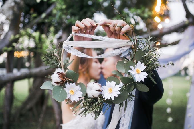 Dusty Blue Winter Theme Wedding by Le Conte Decor - 029