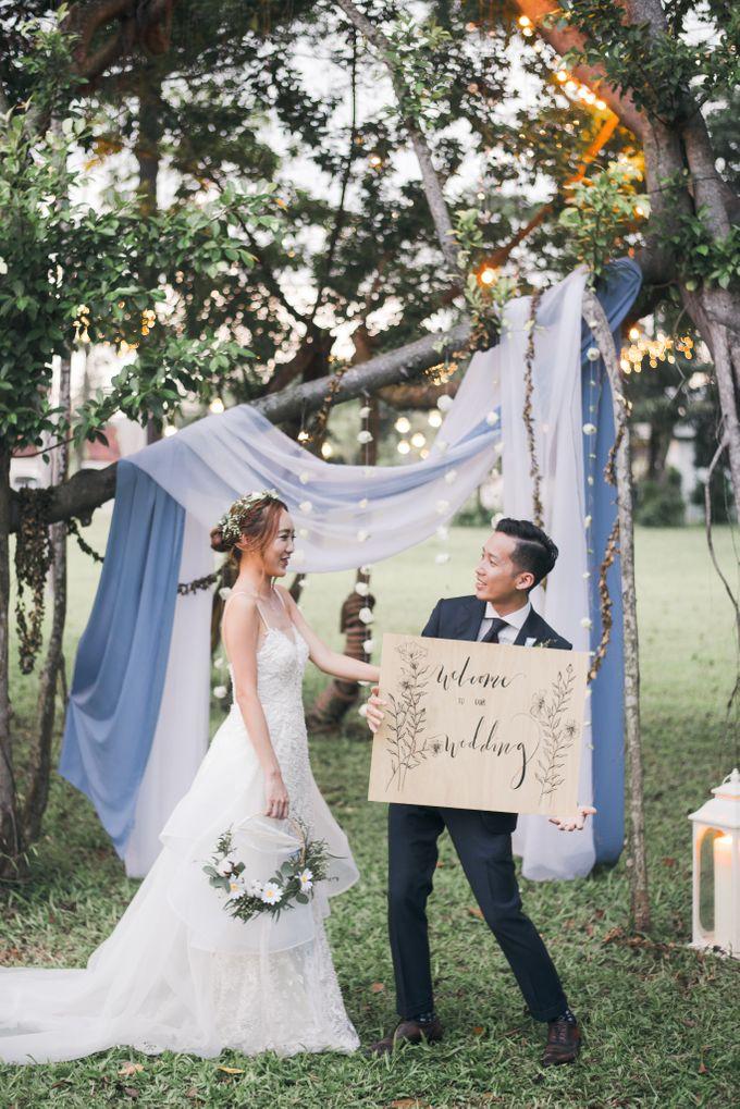 Dusty Blue Winter Theme Wedding by Le Conte Decor - 032