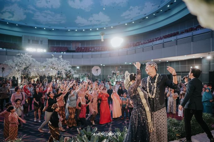 SMESCO CONVENTION WEDDING OF LIA & DIO by Simple Wedding Organizer - 001
