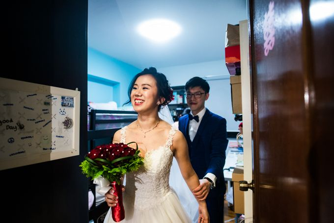 Wedding Day of  JT and KW Swissotel Merchant Court Singapore by oolphoto - 013