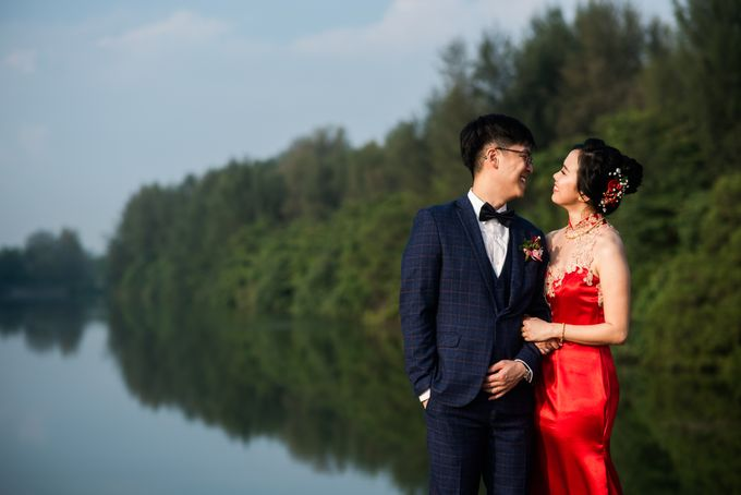 Wedding Day of  JT and KW Swissotel Merchant Court Singapore by oolphoto - 028