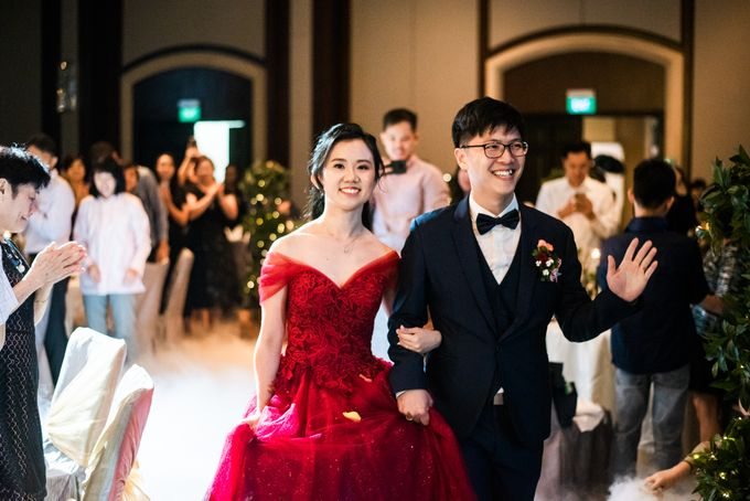 Wedding Day of  JT and KW Swissotel Merchant Court Singapore by oolphoto - 041