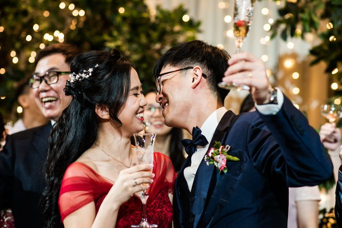 Wedding Day of  JT and KW Swissotel Merchant Court Singapore by oolphoto - 048