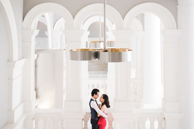 Prewedding Photography of Esther and Yaosong indoor Singapore Prewedding and Engagement Session Photoshoot by oolphoto - 002