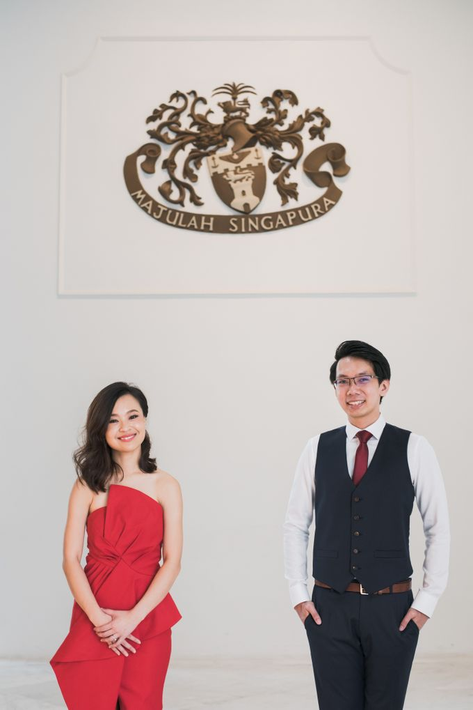 Prewedding Photography of Esther and Yaosong indoor Singapore Prewedding and Engagement Session Photoshoot by oolphoto - 010