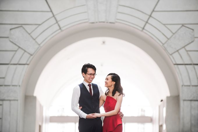 Prewedding Photography of Esther and Yaosong indoor Singapore Prewedding and Engagement Session Photoshoot by oolphoto - 014