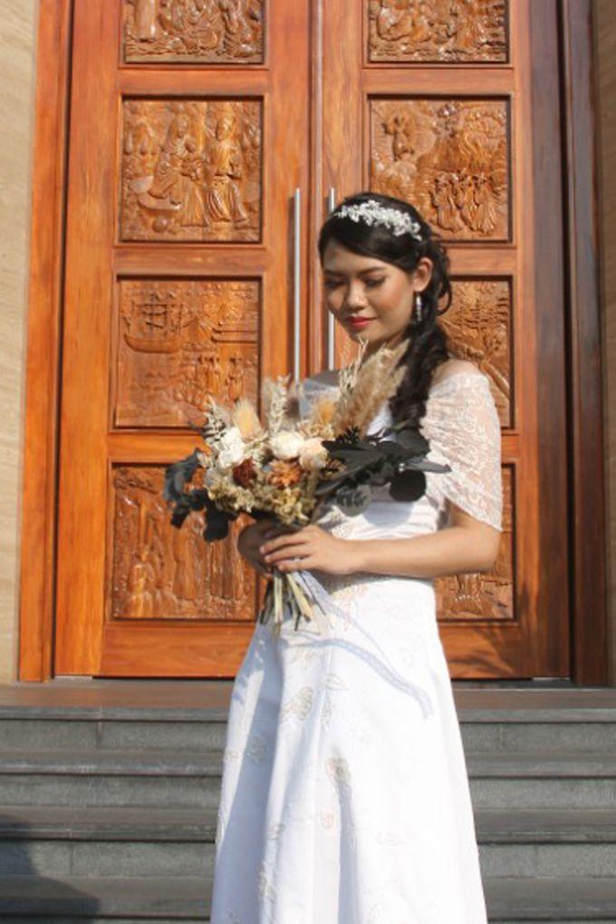 Wedding of Jonathan & Christiana by Lavish Flower - 005