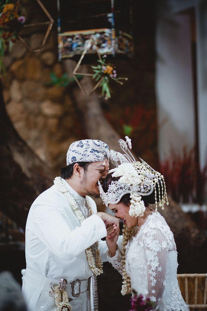 Cempaka Dimaz Wedding by WIT Wear It Too - 009