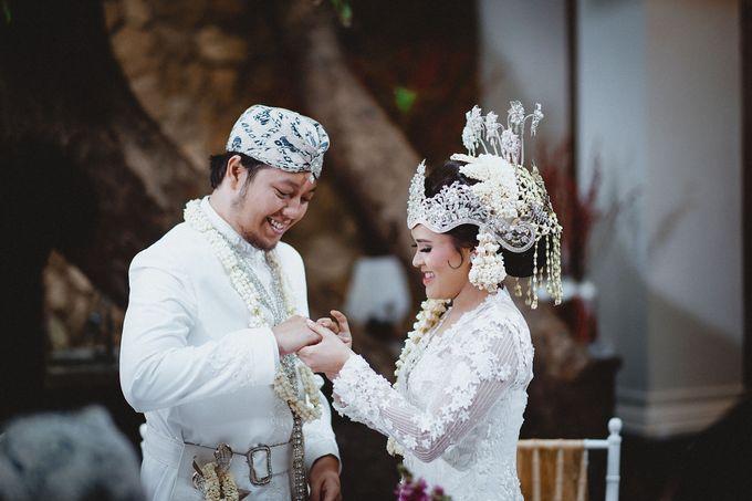Cempaka Dimaz Wedding by WIT Wear It Too - 011