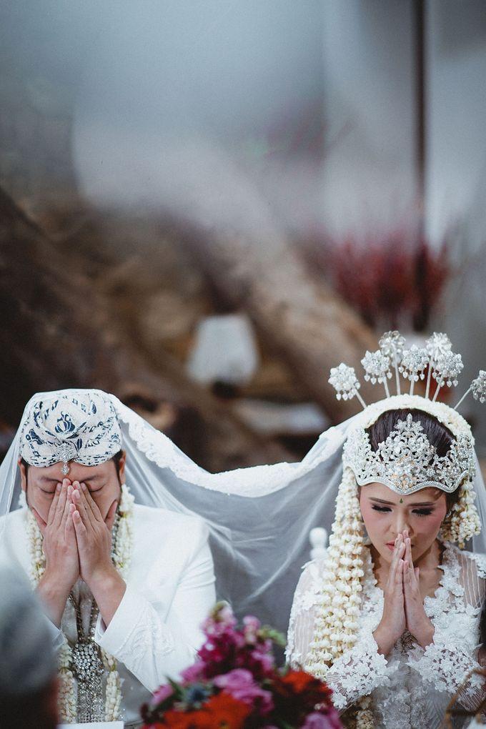 Cempaka Dimaz Wedding by WIT Wear It Too - 013
