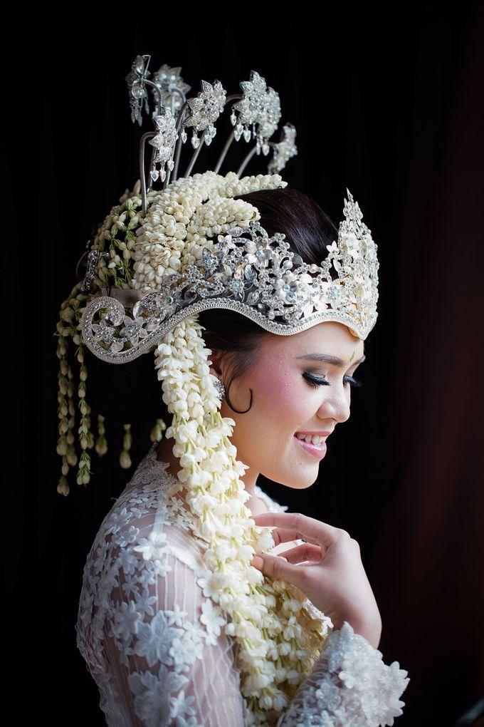Cempaka Dimaz Wedding by WIT Wear It Too - 017