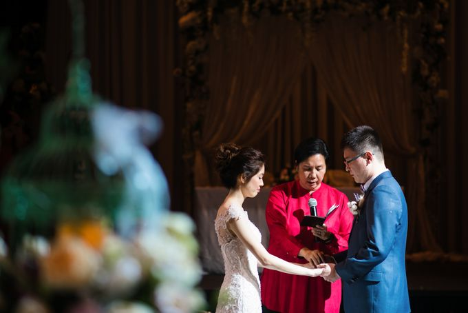 Wedding Day at Swissotel Merchant Court Singapore by oolphoto - 034
