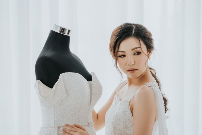Morning Preparation Shoot by Cloche Atelier - 001