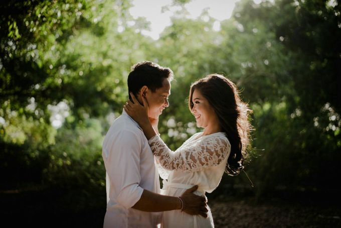 Abri & Citra Casual Couple Session by Satrya Photography - 009