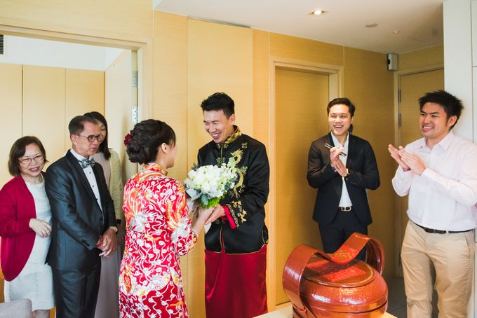 Wedding Day of Cheryl and Bobby at UNA at One Rochester Singapore by oolphoto - 010