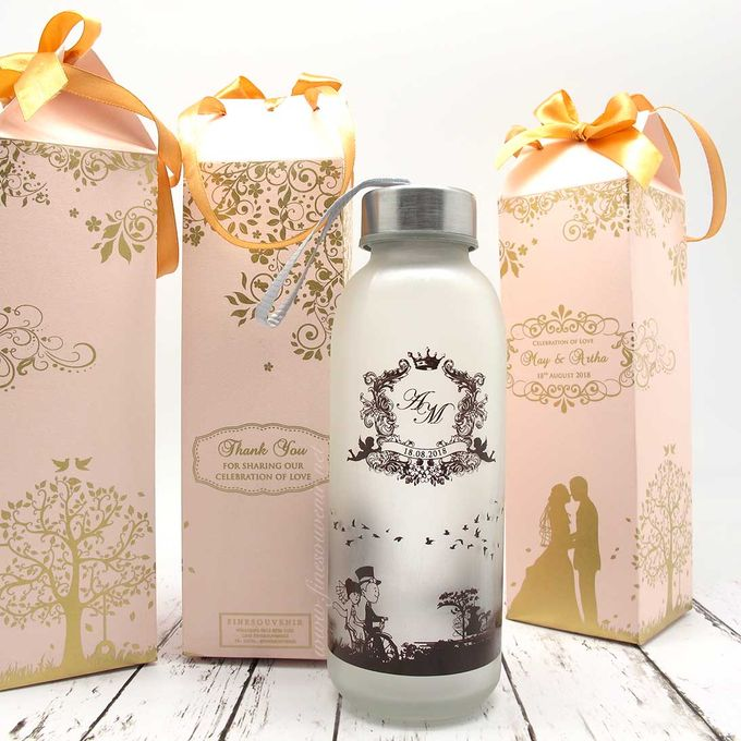 Drinking Bottle Jumbo Include Paperbag by Fine Souvenir - 001