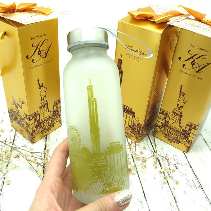 Frosted Drinking Bottle Include Packing by Fine Souvenir - 003