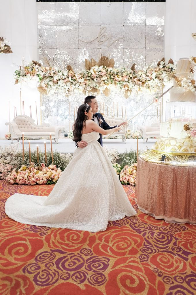 Wedding Of Budi & Veronika by Ohana Enterprise - 017