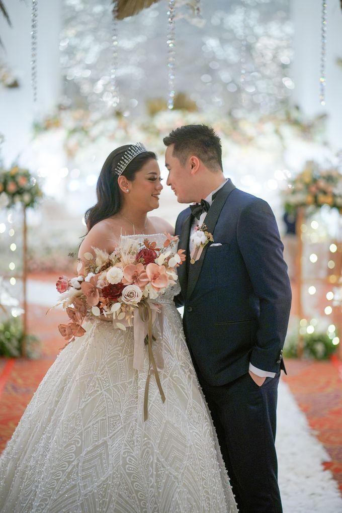 Wedding Of Budi & Veronika by Ohana Enterprise - 012
