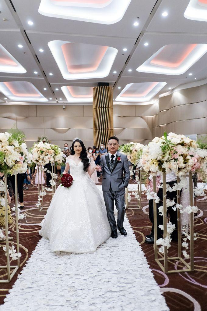 Wedding Of Budianto & Herly by Ohana Enterprise - 011