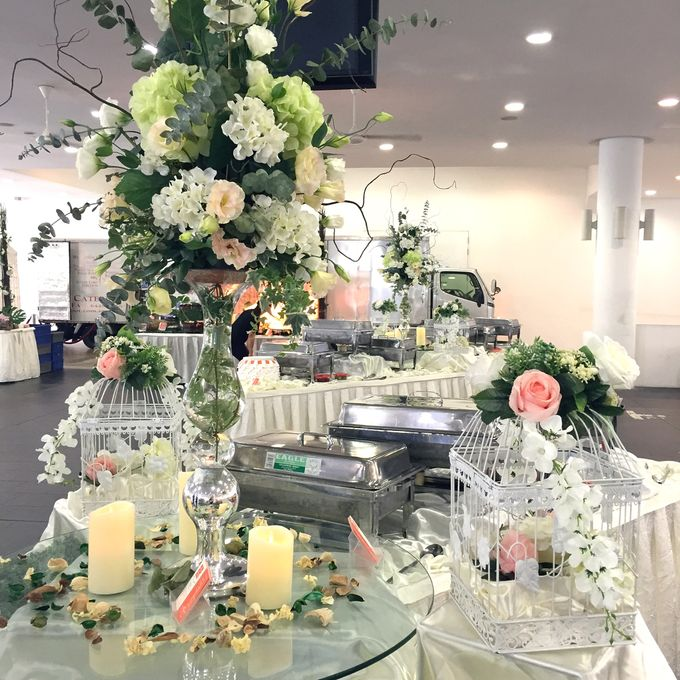 A Floral Wedding by Manna Pot Catering - 002