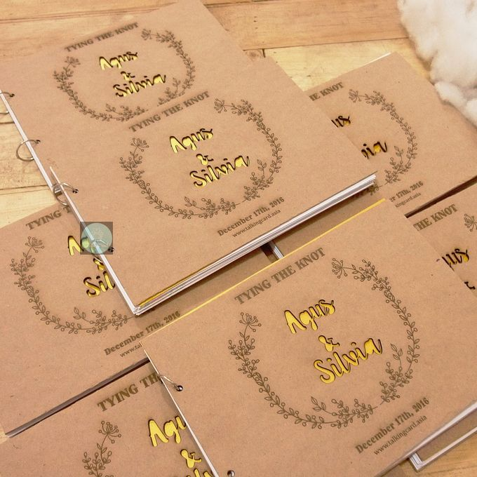 Rustic Wooden Guestbook by TalkingCard - 004