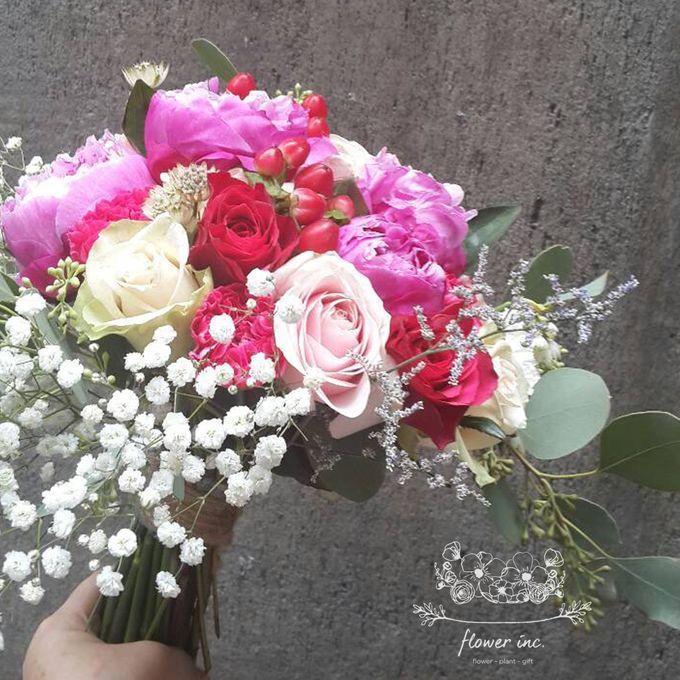bridal bouquet by Flower Inc. - 001