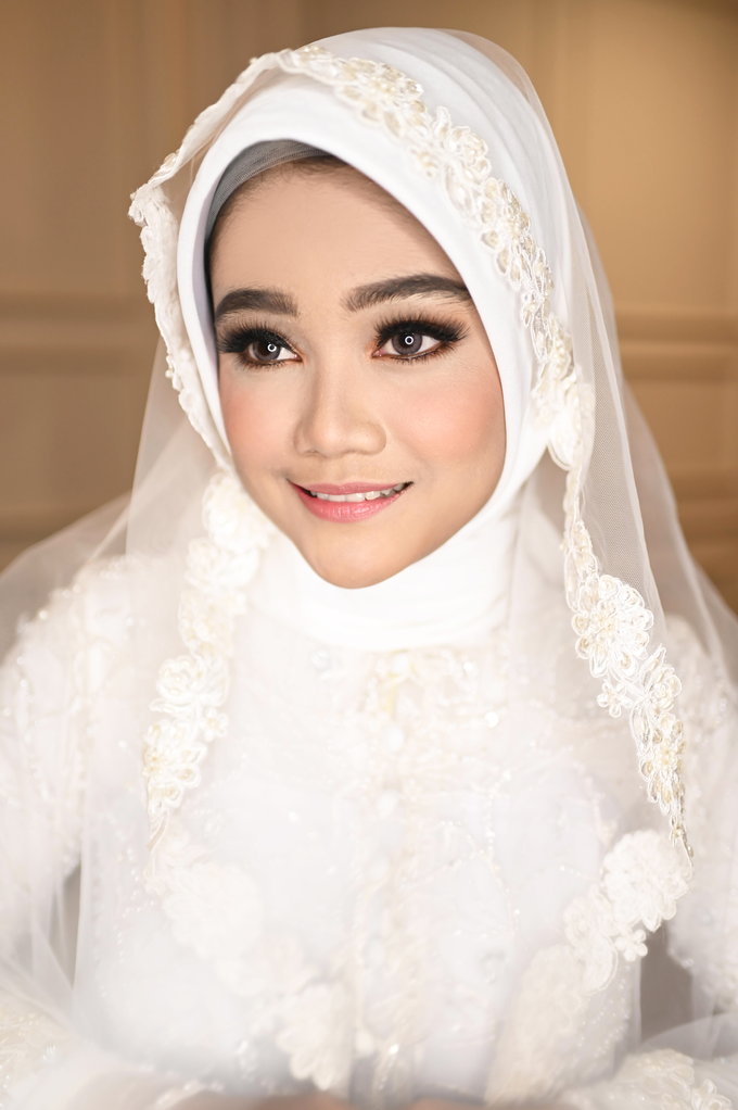 Airbrush Akad Make Up for Sela by Thousand Pictures | Photo & Video - 005