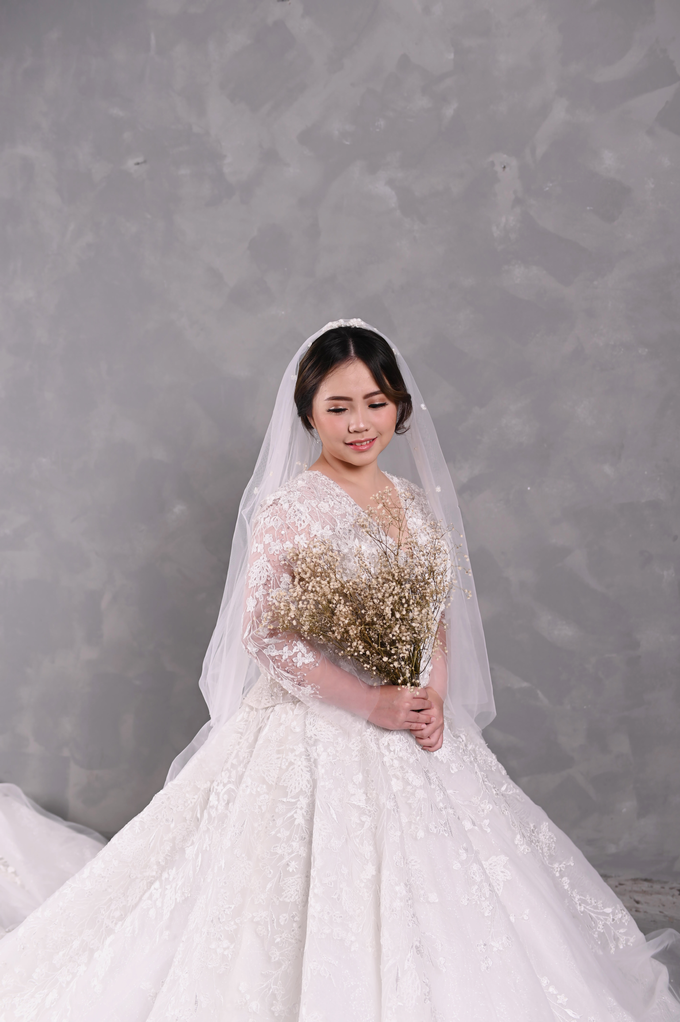 Air Brush Wedding Make Up & Hair Do for Jess by Thousand Pictures | Photo & Video - 001