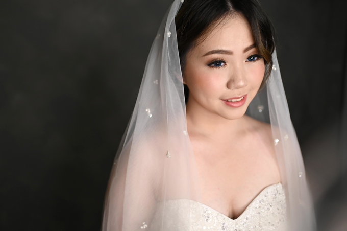 Air Brush Wedding Make Up & Hair Do for Jess by Thousand Pictures | Photo & Video - 006