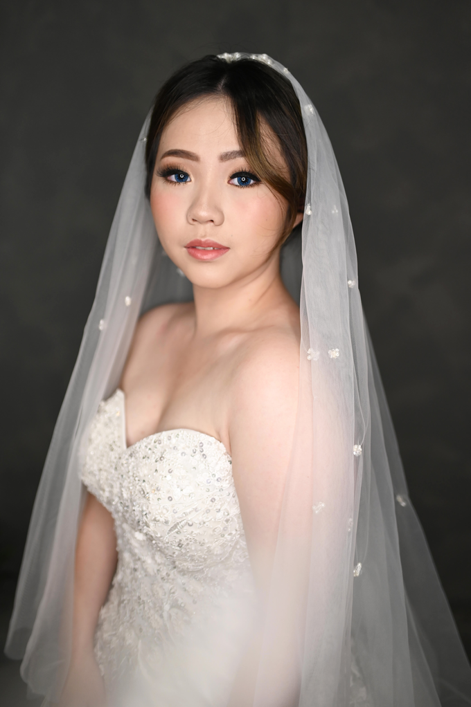 Air Brush Wedding Make Up & Hair Do for Jess by Thousand Pictures | Photo & Video - 008