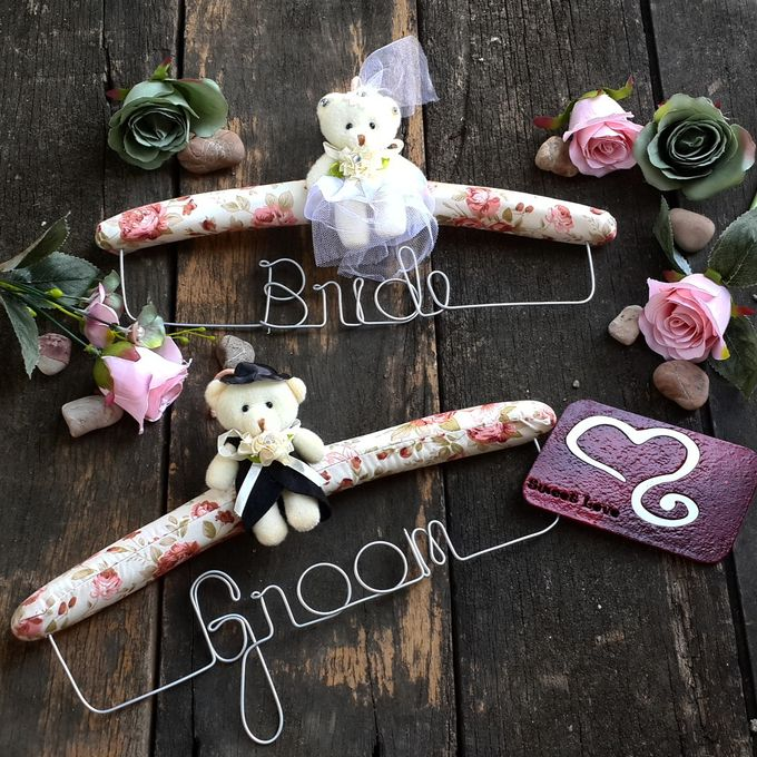 Wedding Hanger Name by Sweetlovecollection - 037