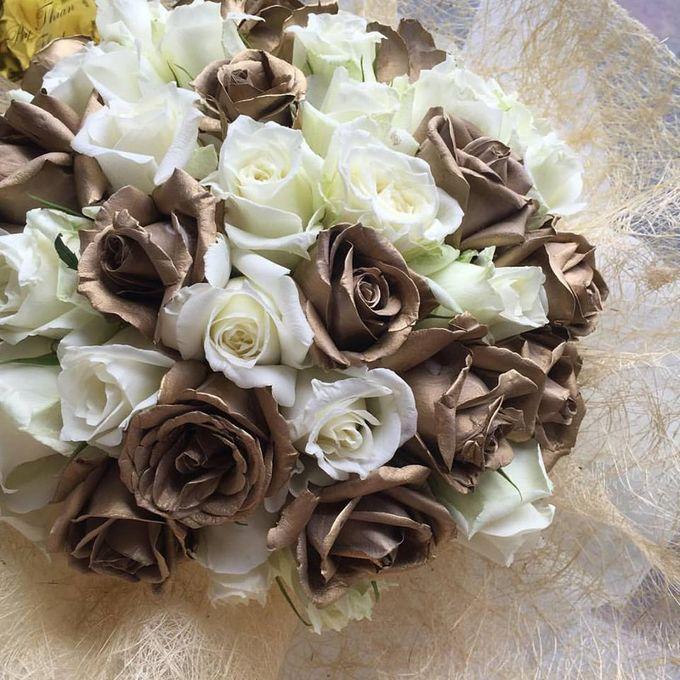 Floral Fantasy by Bythian Florist - 002