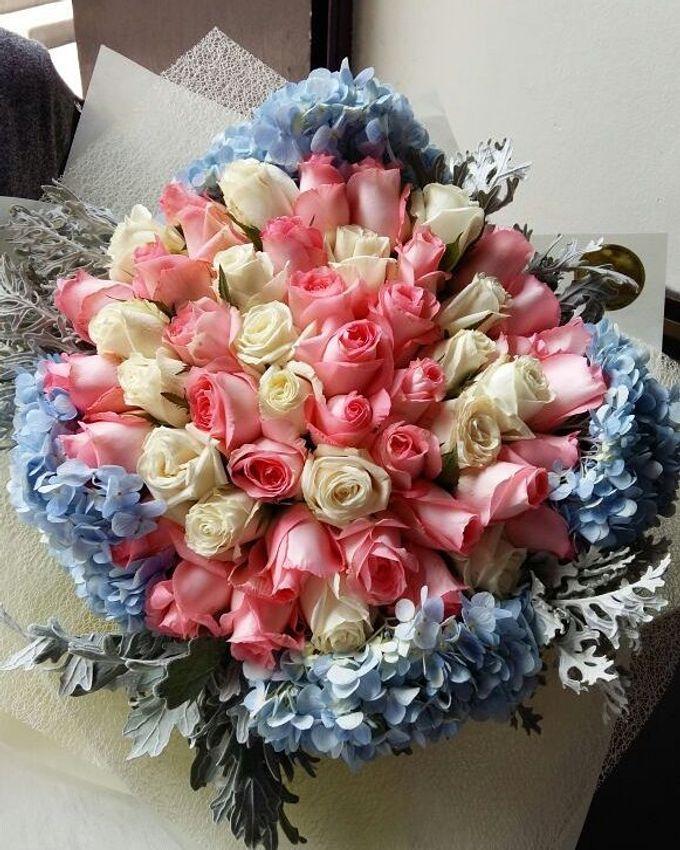Floral Fantasy by Bythian Florist - 005