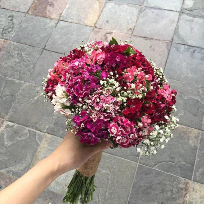 Floral Fantasy by Bythian Florist - 007