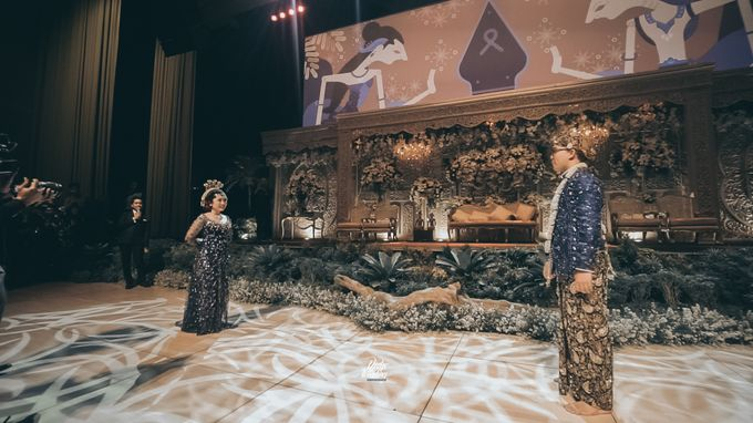 The Ballroom XXI | Vania & Erlangga by diskodiwedding - 023