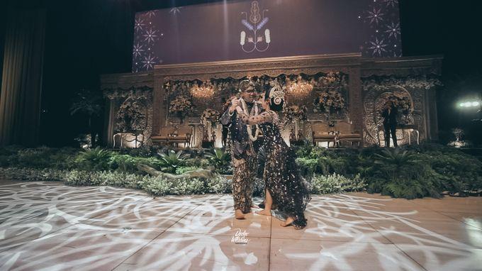 The Ballroom XXI | Vania & Erlangga by diskodiwedding - 024