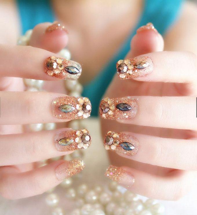 nail art- 24 pcs kuku palsu dengan warna gold super mewah by Triwindu shop - 001